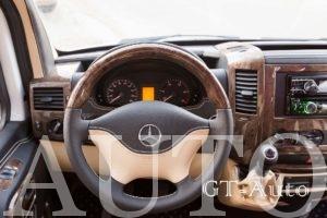Pereoborudovanie-turisticheskogo-avtobusa-Mercedes-5 - IMG_3389.jpg